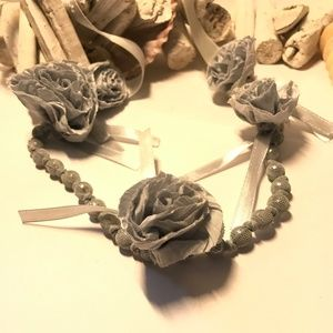 Gorgeous Pearl & Fabric Flower & Ribbon Necklace